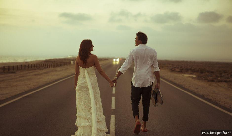 La boda de Diego y Susana en Los Escullos, Almería