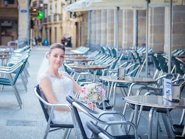 La boda de Xabi y Jane en Donostia-San Sebastián, Guipúzcoa 10
