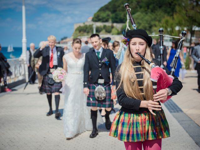 La boda de Xabi y Jane en Donostia-San Sebastián, Guipúzcoa 15
