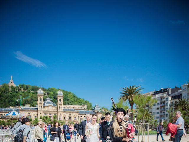 La boda de Xabi y Jane en Donostia-San Sebastián, Guipúzcoa 16