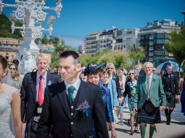 La boda de Xabi y Jane en Donostia-San Sebastián, Guipúzcoa 21