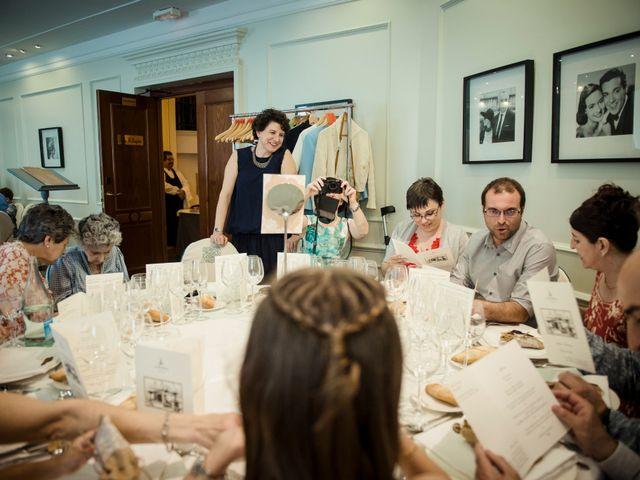 La boda de Xabi y Jane en Donostia-San Sebastián, Guipúzcoa 41