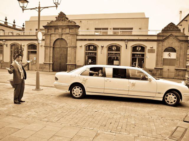 La boda de Jonathan y Judit en Arucas, Las Palmas 4