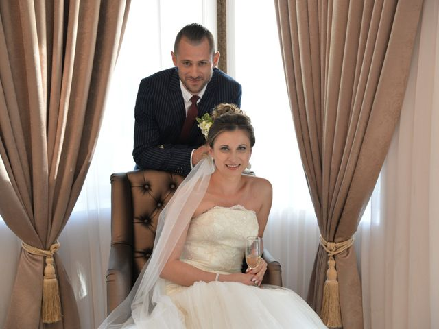 La boda de Adrian y Alina en Rumanes, Asturias 16