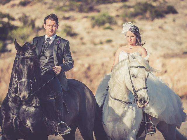 La boda de Alejandro y Sonia en L' Ametlla De Mar, Tarragona 34