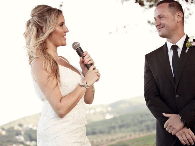 La boda de David y Mireia en La Bisbal Del Penedes, Tarragona 48