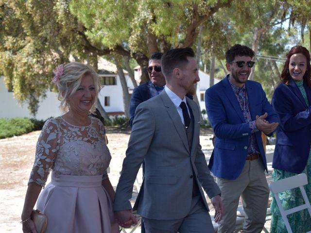 La boda de Victor  y Mónica  en Xàtiva, Valencia 20