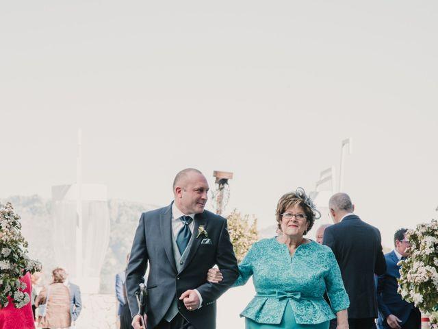 La boda de Antonio y Beatriz en Los Villares, Jaén 28