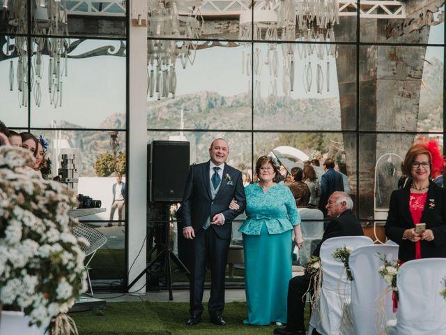La boda de Antonio y Beatriz en Los Villares, Jaén 31