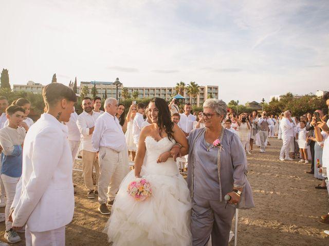 La boda de Yoly y Vane en L' Ametlla De Mar, Tarragona 36