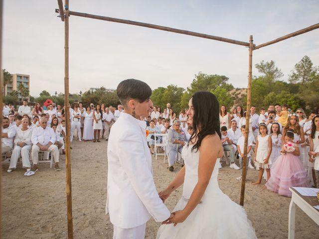 La boda de Yoly y Vane en L' Ametlla De Mar, Tarragona 53