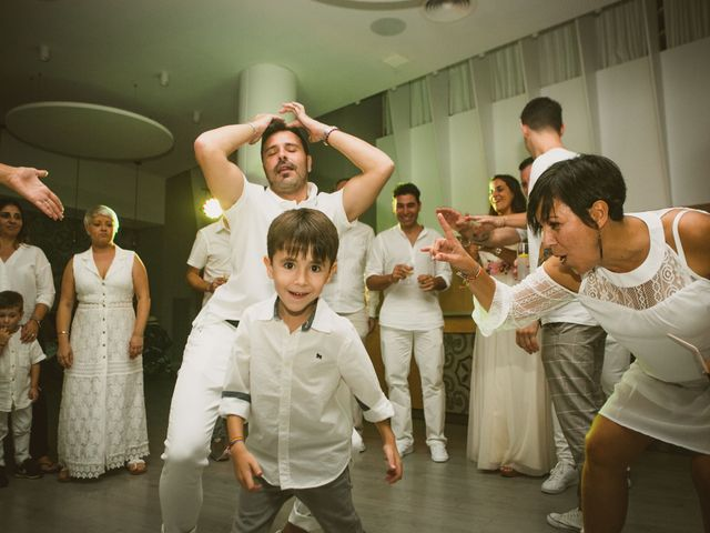 La boda de Yoly y Vane en L' Ametlla De Mar, Tarragona 81