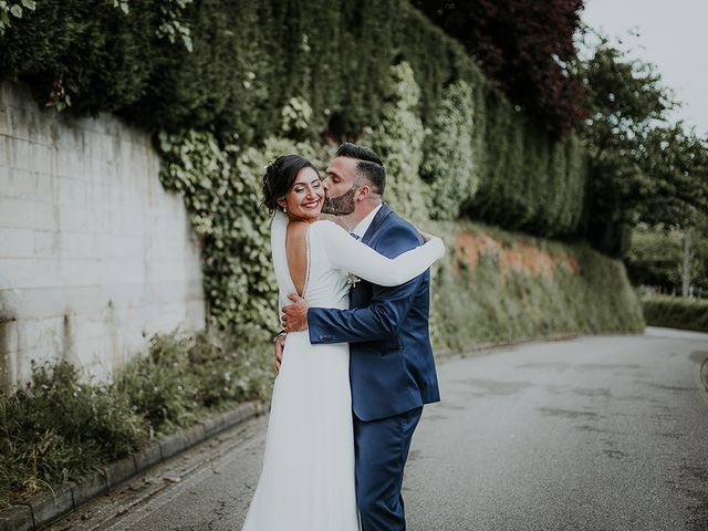 La boda de Sabia y Paula en Oviedo, Asturias 42
