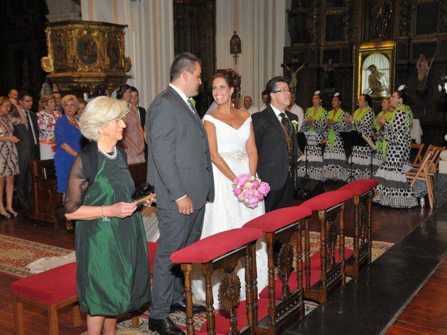 La boda de Alberto y Adriana  en Zaragoza, Zaragoza 10