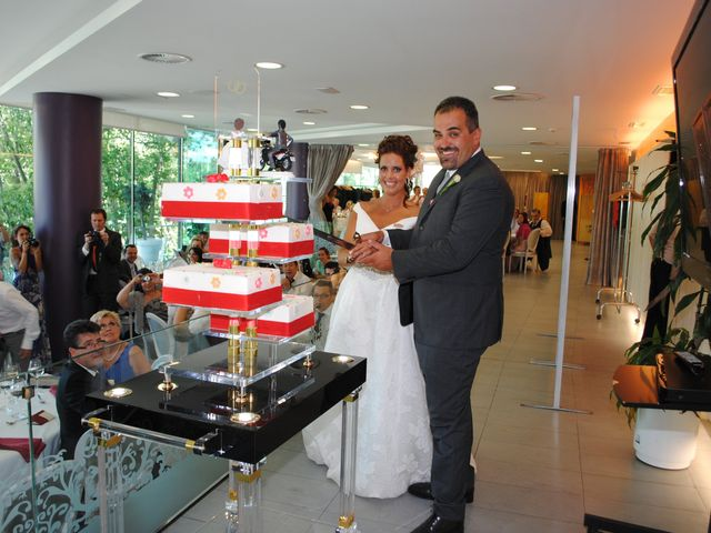 La boda de Alberto y Adriana  en Zaragoza, Zaragoza 18