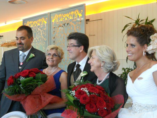 La boda de Alberto y Adriana  en Zaragoza, Zaragoza 21