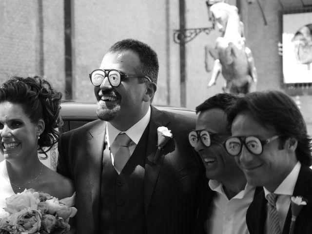 La boda de Alberto y Adriana  en Zaragoza, Zaragoza 28