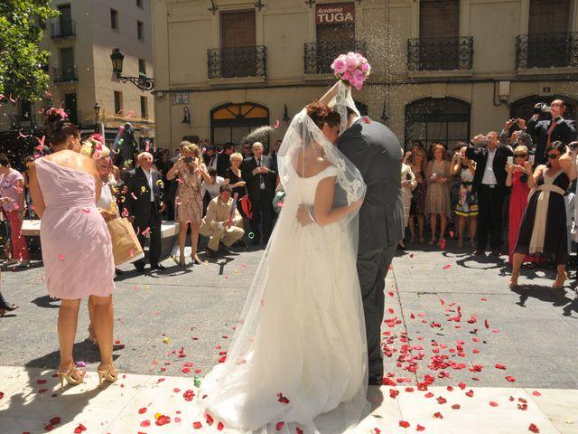 La boda de Alberto y Adriana  en Zaragoza, Zaragoza 29