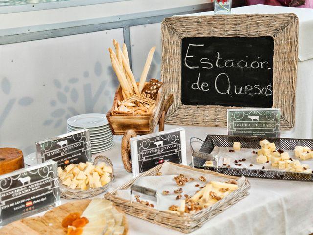 La boda de Antonio y Esther en San Sebastian De Los Reyes, Madrid 34