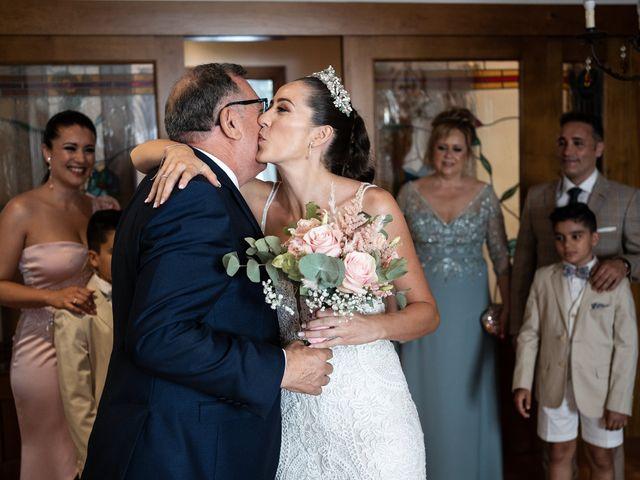 La boda de Lydia y Juanjo en Torre De Juan Abad, Ciudad Real 12