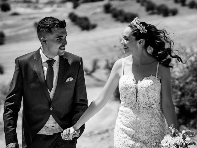 La boda de Lydia y Juanjo en Torre De Juan Abad, Ciudad Real 24