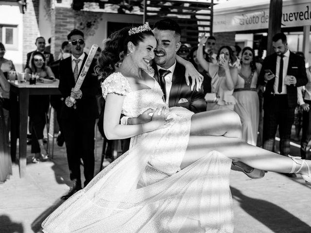 La boda de Lydia y Juanjo en Torre De Juan Abad, Ciudad Real 33