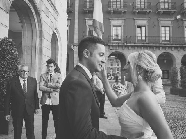 La boda de Valentín y Ingil en Gijón, Asturias 5