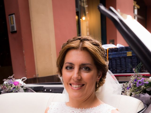 La boda de Raul y Myriam en Sevilla, Sevilla 13