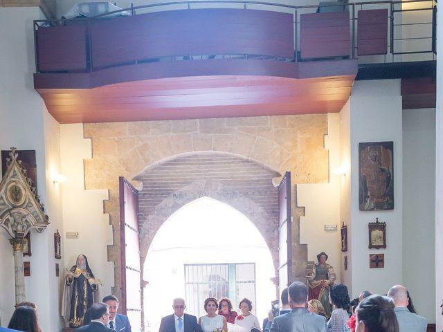 La boda de Raul y Myriam en Sevilla, Sevilla 25