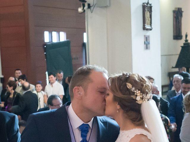 La boda de Raul y Myriam en Sevilla, Sevilla 32
