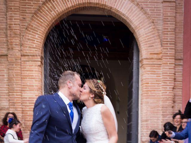 La boda de Raul y Myriam en Sevilla, Sevilla 38