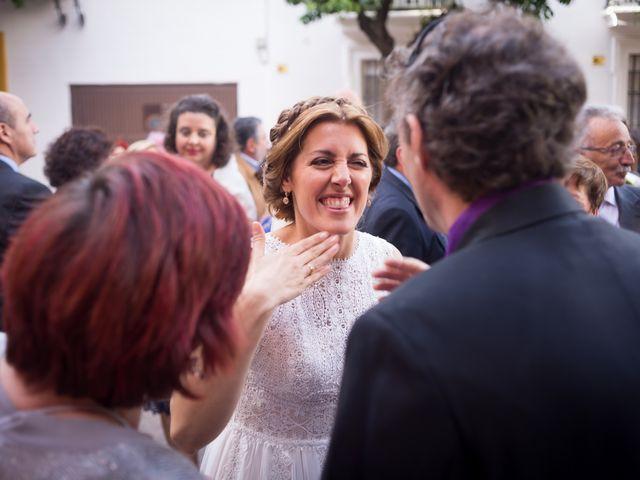 La boda de Raul y Myriam en Sevilla, Sevilla 39