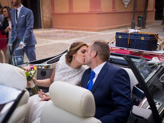 La boda de Raul y Myriam en Sevilla, Sevilla 43