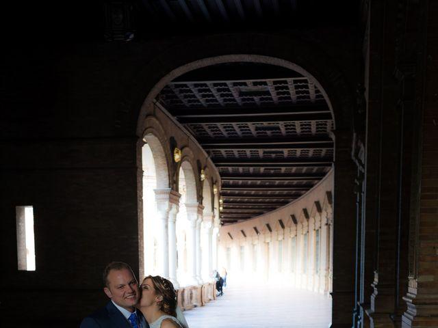 La boda de Raul y Myriam en Sevilla, Sevilla 50