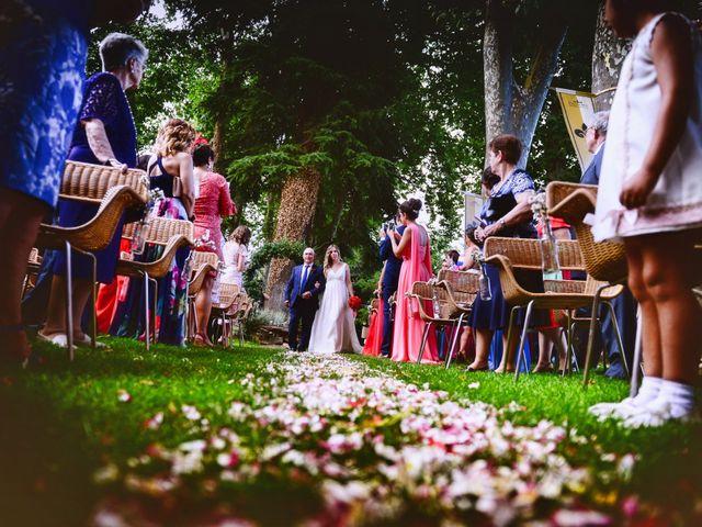 La boda de Soraya y Jorge en Jarandilla, Cáceres 35