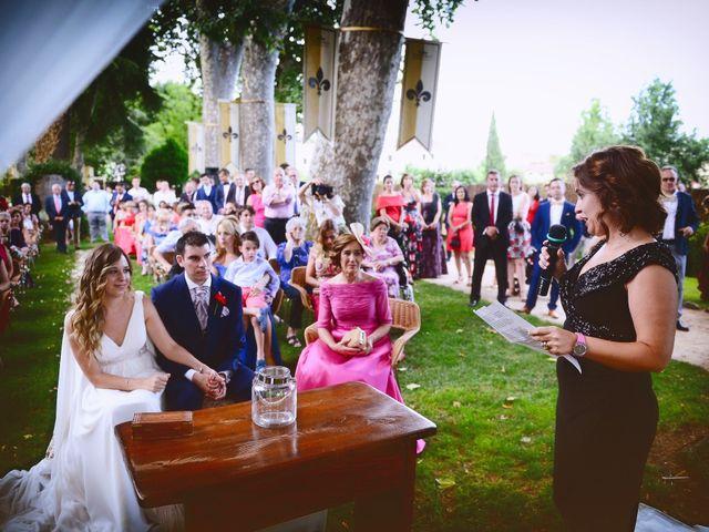 La boda de Soraya y Jorge en Jarandilla, Cáceres 43