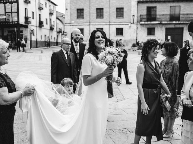 La boda de Paco y Laura en Burgo De Osma, Soria 53
