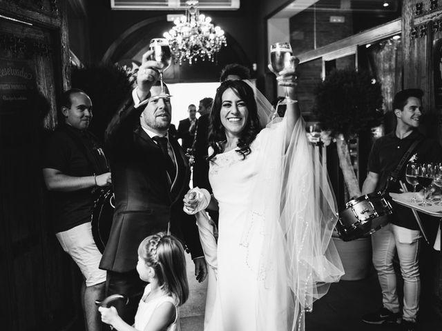 La boda de Paco y Laura en Burgo De Osma, Soria 97