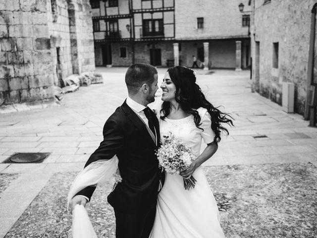 La boda de Paco y Laura en Burgo De Osma, Soria 104