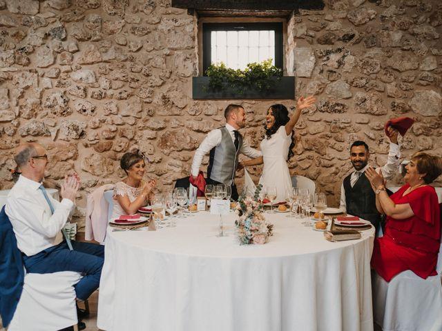 La boda de Paco y Laura en Burgo De Osma, Soria 114