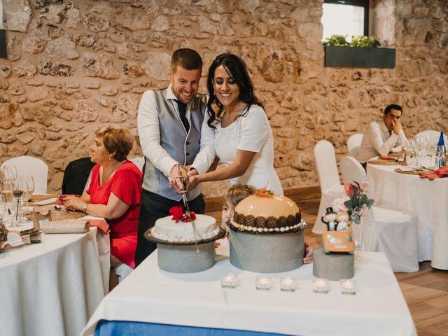 La boda de Paco y Laura en Burgo De Osma, Soria 122