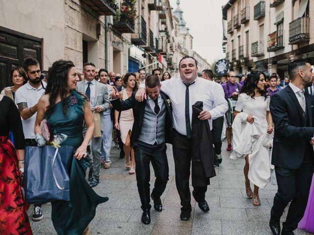 La boda de Paco y Laura en Burgo De Osma, Soria 133