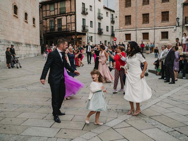 La boda de Paco y Laura en Burgo De Osma, Soria 134
