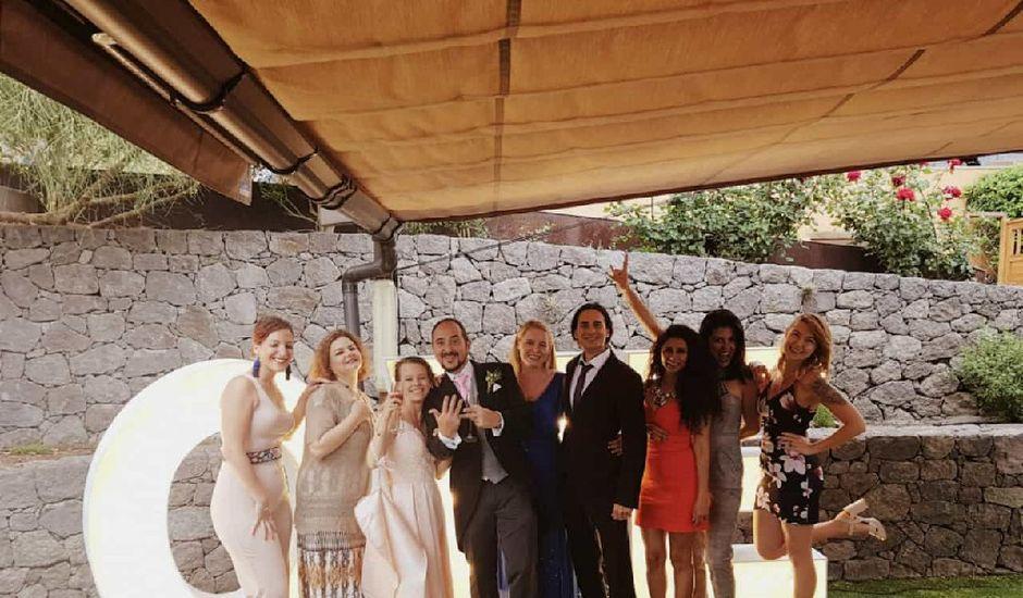 La boda de Carlos y Miriam en Las Palmas De Gran Canaria, Las Palmas