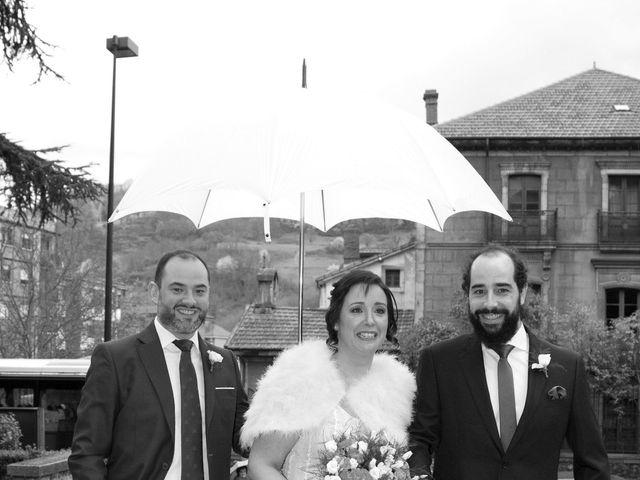 La boda de Abel y Patricia en Pola De Lena, Asturias 11