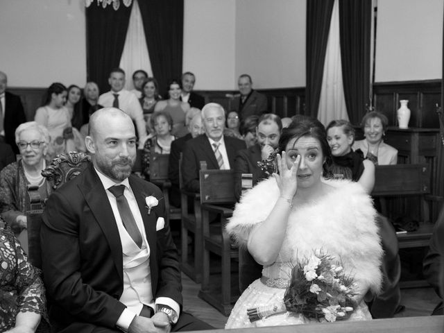 La boda de Abel y Patricia en Pola De Lena, Asturias 14
