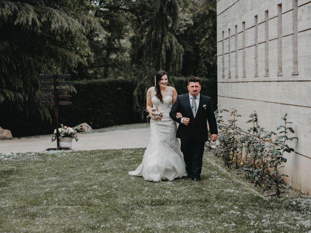 La boda de Joel y Jess en Santa Coloma De Farners, Girona 17