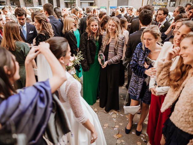 La boda de Jaume y Laura en Sant Cugat Del Valles, Barcelona 35