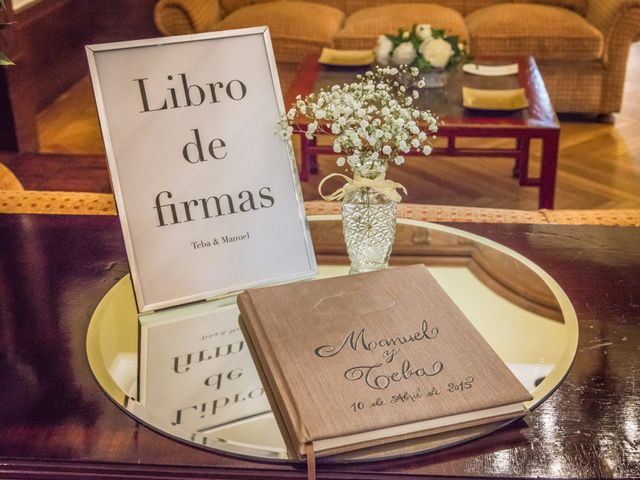 La boda de Manu y Teba en Las Arenas, Vizcaya 15
