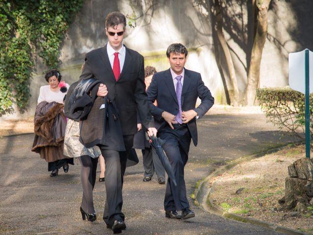 La boda de Manu y Teba en Las Arenas, Vizcaya 21